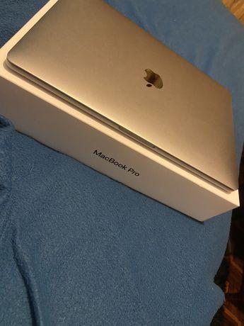 Macbook Pro 13-inch A1708