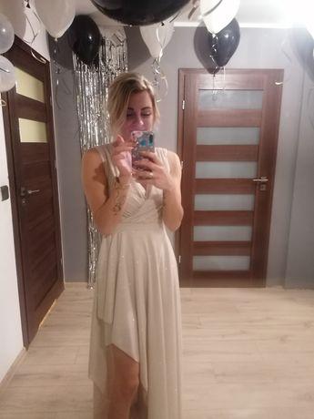 Śliczna złota sukienka