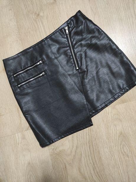 Кожаная юбка мини с замками 38 М