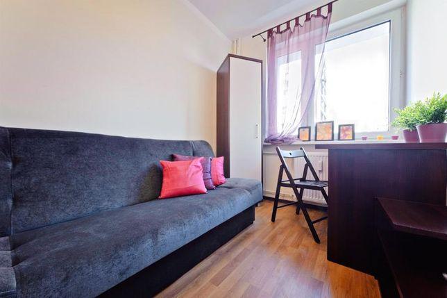 Pokój idealny dla studenta 5 min. od Kampus UAM! Darmowy internet!