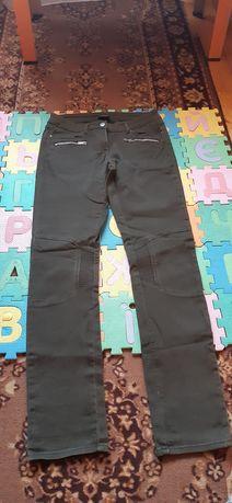 Брюки, штани, джинси