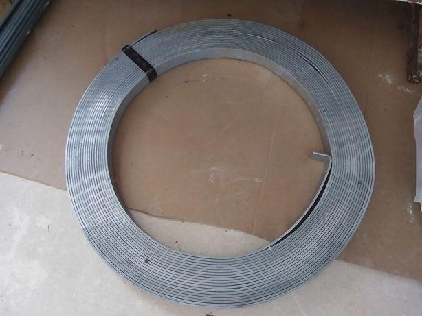 Bednarka 30/4 mm 25m