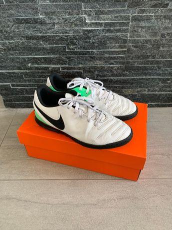r. 36,5 - 23 cm / NIKE TIEMPOX turfy piłkarskie adidasy treningowe