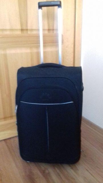 "walizka średnia czarna "" AirteX Paris"" 2 kółka"