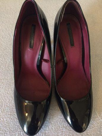 Szpilki klasyczne czarne Zara
