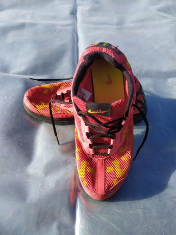 Кросівкі Nike Vaporfly(43р.)