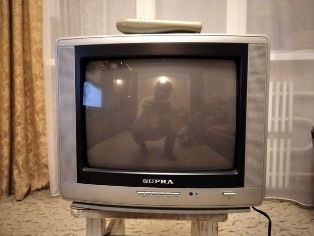 Телевізор в ідельному стані