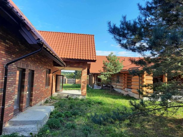 Продаємо статусний заміський будинок в престижному районі м. Луцьк!