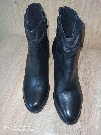 Сапоги женские р.42.демисезоные туфли.ботинки.кожа.excellent.