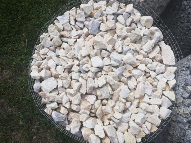 Biała Marianna grys biały niebieski kora kamień naturalny dostawa
