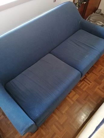 2 sofás e 1 tapete