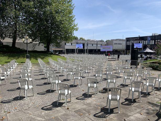 Cadeiras para Festas, Comícios, Concertos, Missas, etc