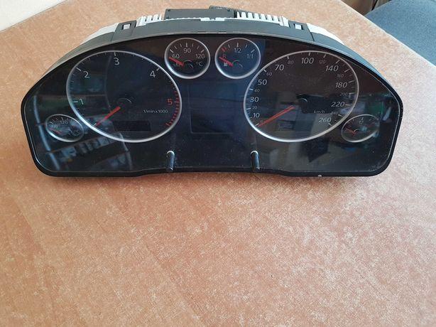 Licznik Audi A6 C5 1.9 2.5 TDI Pół Fis