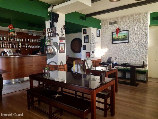 Restaurante/Snack Bar com Vista para a Ria