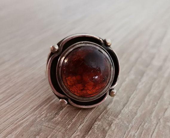 Stary autorski srebrny pierścionek z bursztynem pr. 3 orno warmet 17mm
