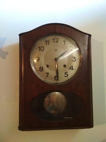Relógio reguladora a funcionar