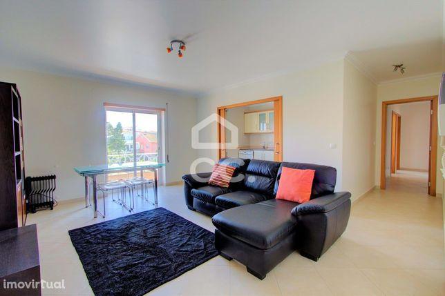 Apartamento T3 c/ Garagem e Vista mar