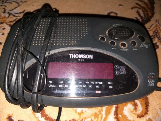 Radio budzik Thomson RR50