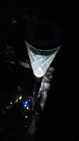 Lampa solarna ze stali nierdzewnej