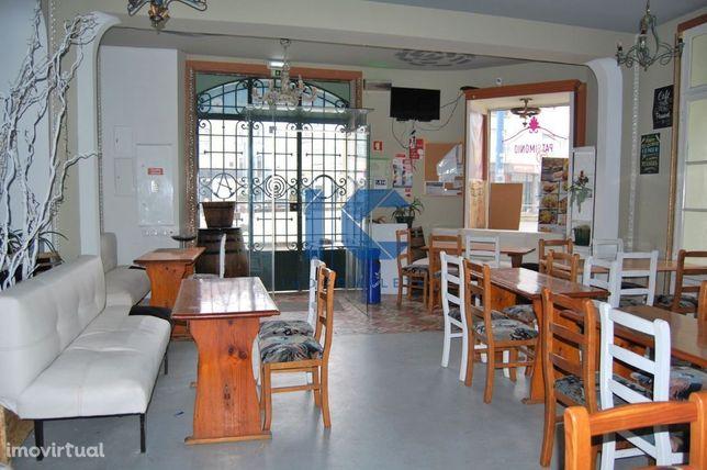 Café Bar e Restaurante para trespasse em zona premium de Aveiro
