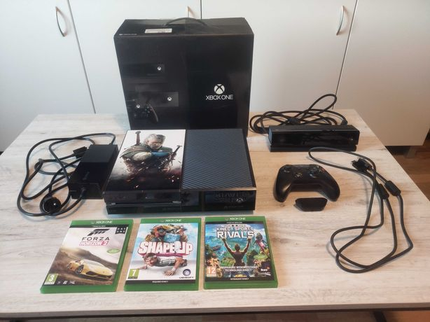 Xbox One Day One Edition 500GB + Kinect + Pad + adapter do pada +3 gry