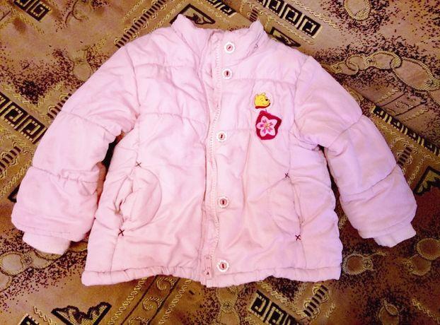 Очень хорошенькая демисезенная куртка. 1-3 года.