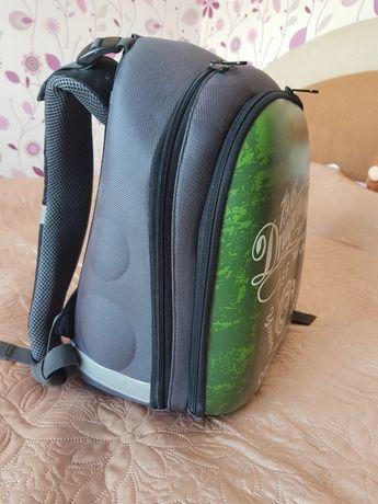 Портфель рюкзак в школу ортопедический каркасный