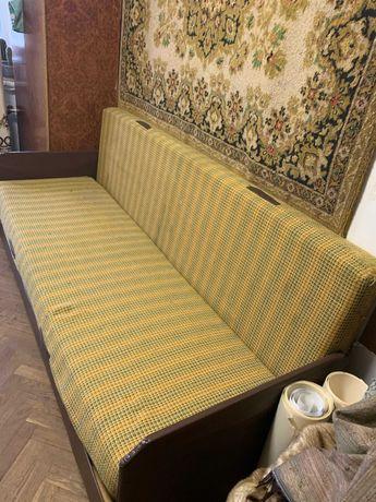 Продам диван односпальний  нерозкладний