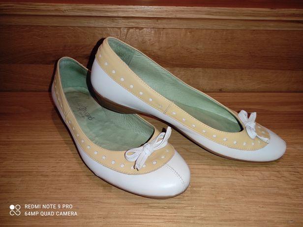 Skórzane baleriny r. 40