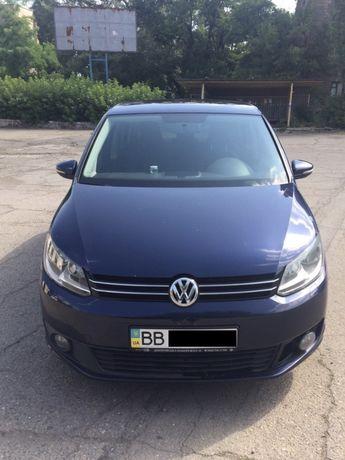 Продам Volkswagen Touran 2011 года, украинский учет.