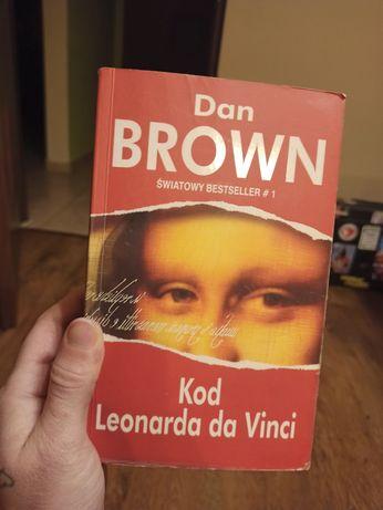 "Dan Brown ""Kod Leonarda da Vinci"""