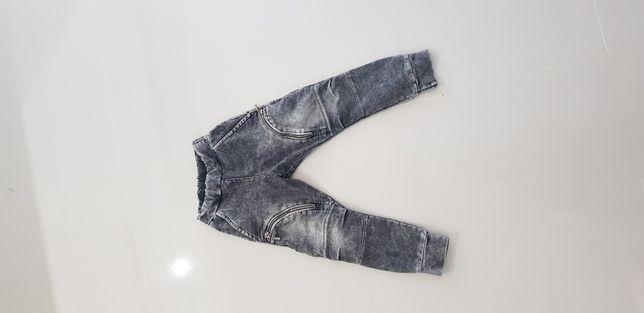 Spodnie mashmnie 104/110 nowe