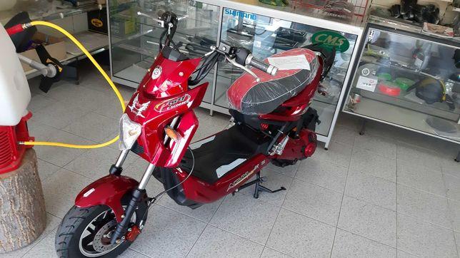 Scooter elétrica c/pedais es 049