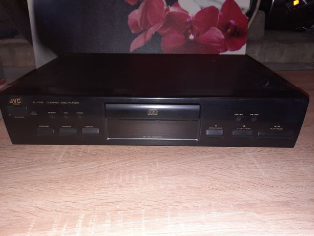 JVC compact disc player xl-v120Bk
