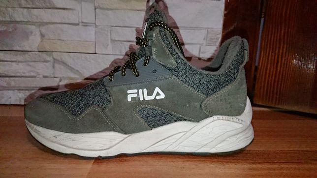 Зимові кросівки Fila.