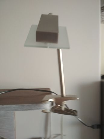 Lampka na klips-nowa