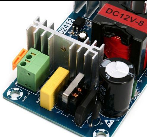 Импульсный блок питания 12В AC-DC 220V-12V 6-8A DC2412