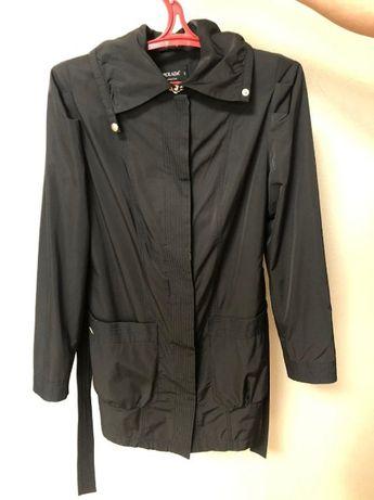 Жіноча куртка ( плащ )