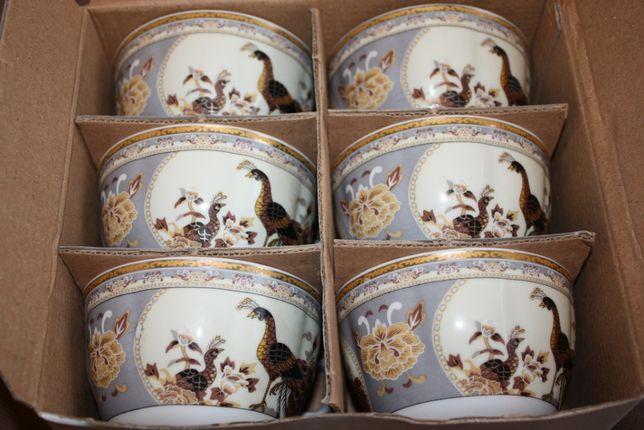 Komplet porcelana Pawie beżowe 6 filiżanek spodków dzbanek
