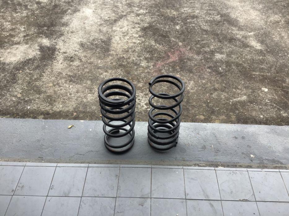 Molas de automóvel/ springs for auto Horta - imagem 1