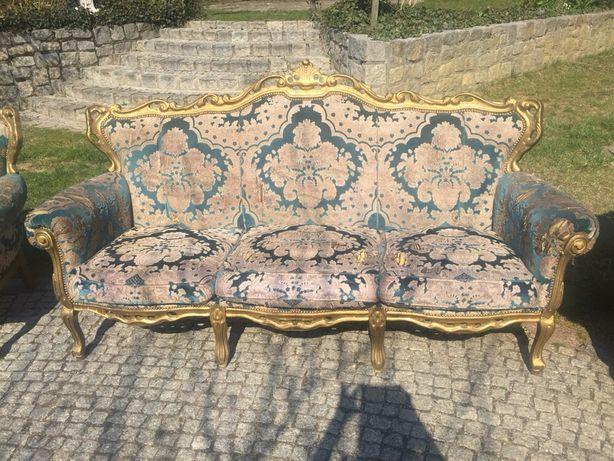 Stylizowana antyczna sofa 3 osobowa do renowacji. Bardzo wygodna.