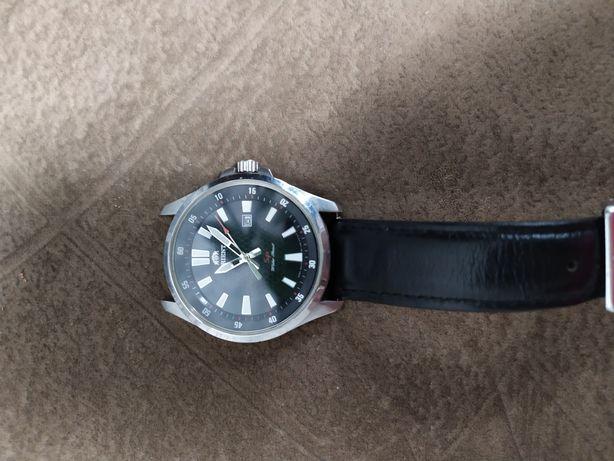 Продам годинник orient une1-c0-a ca