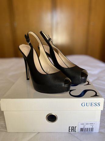 Sapatos Guess T37, pretos. Novos!!