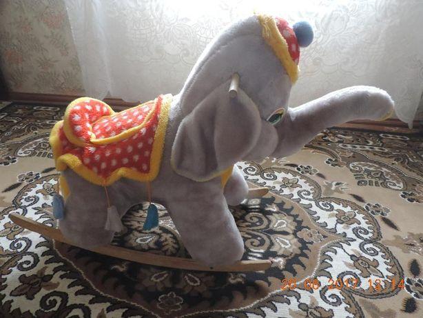 Продам слоник-гойдалку
