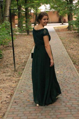 Вечірня сукня, в ідеальному стані, одягнула лише один раз.