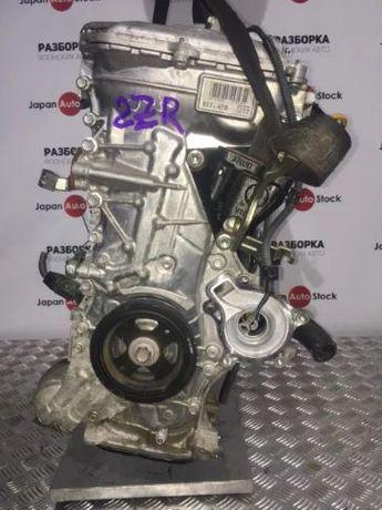 Двигатель Toyota Prius, объём 1.8 2-ZR, год 2010-2016, без навесного