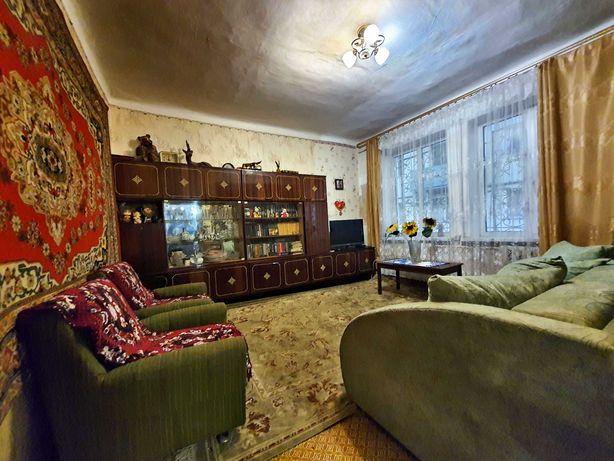 Реальная. Сдам комнату вверху Гагарина для работающей девушки.