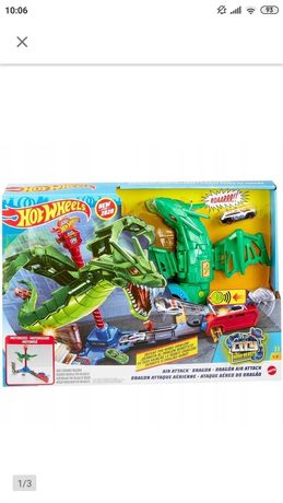 Atak smoka tor hot wheels