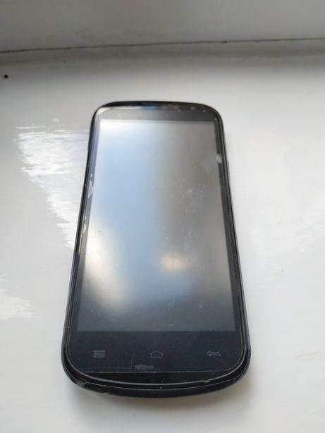 Телефон GSmart Aku A1 на запчастини