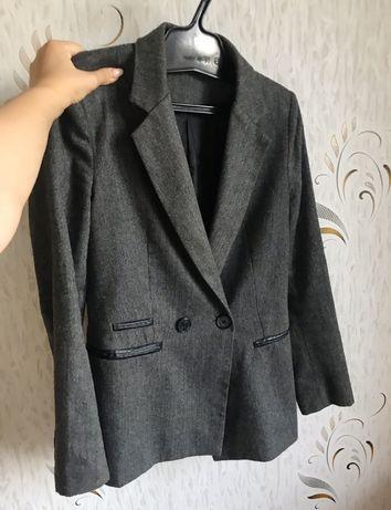 Базовый серый пиджак oversize (m)